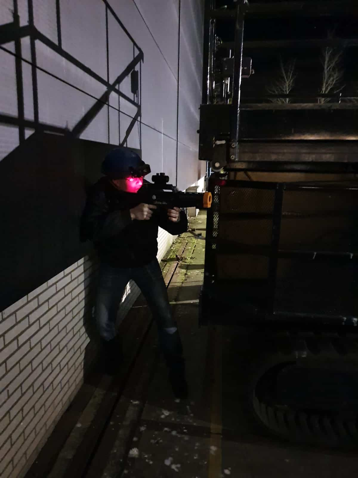 Lasergamen in het donker
